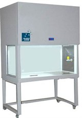 The serial VGS vertical laminar flow hood with ISO Class 5 air purity creates a sterile environment free of particles and/or microorganisms that ensures the reliability of any test inside the hood.